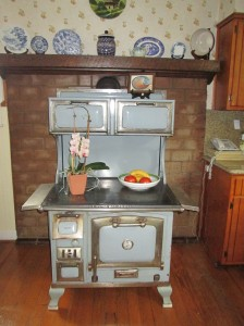 cookstove-in-kitchen-e1401903216267